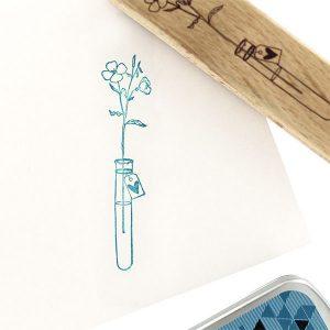 Sello de madera Florilèges Design modelo Dose d'amour | MarakiScrap.com